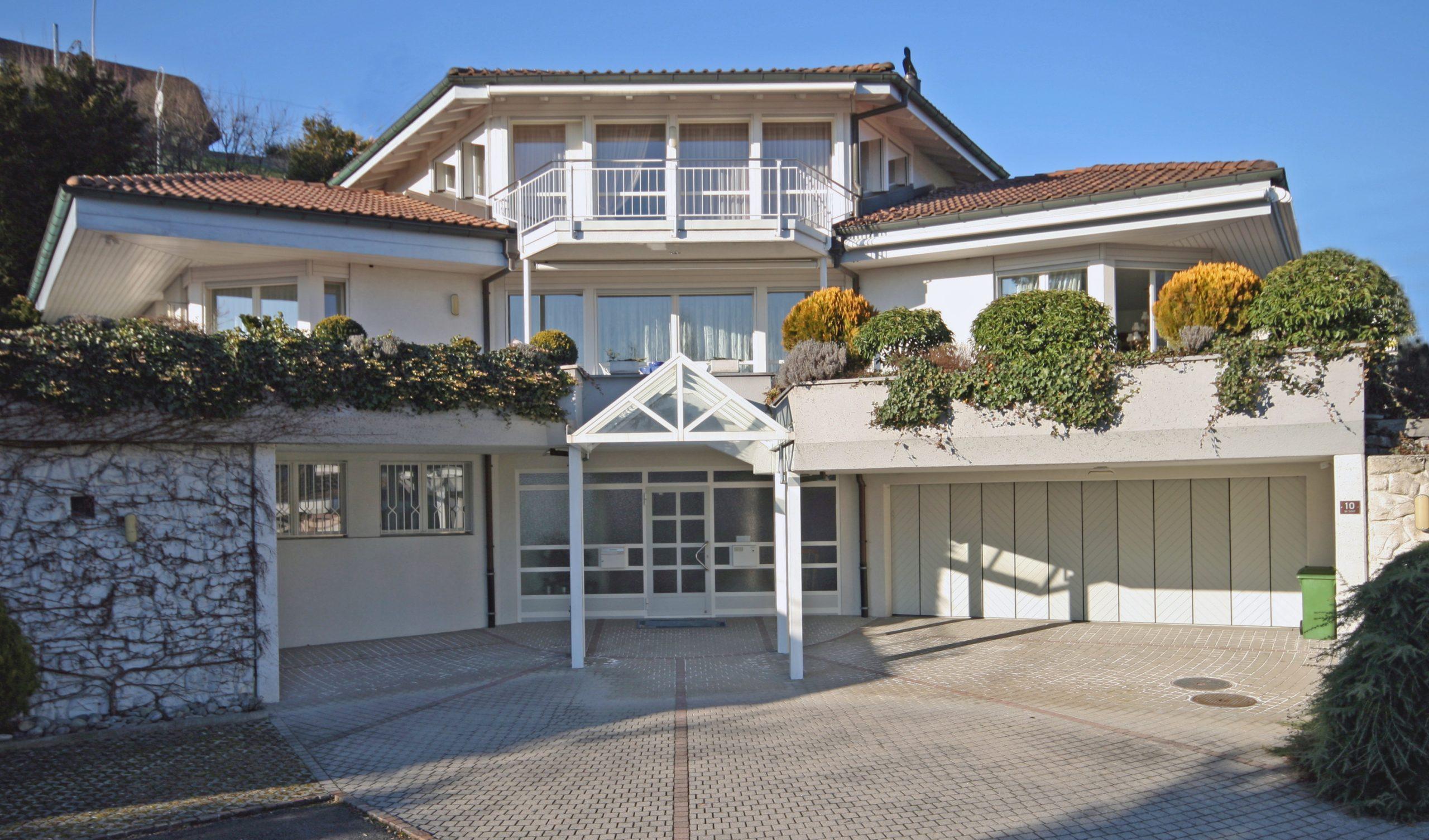 8 Zimmer Landhaus Villa mit Top Aussicht