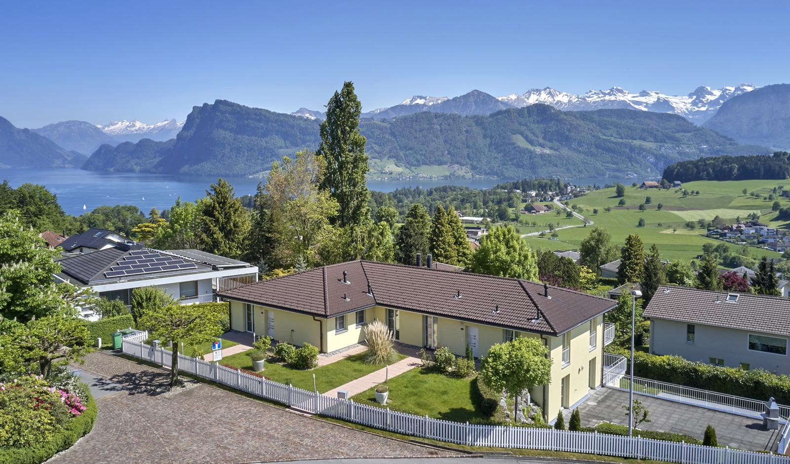 Luxuriöser Familienwohnsitz an bester Aussichtslage