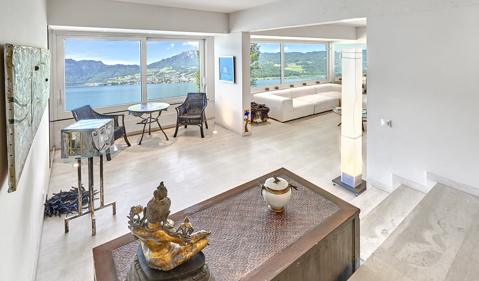 Villa mit spektakulärer Seesicht
