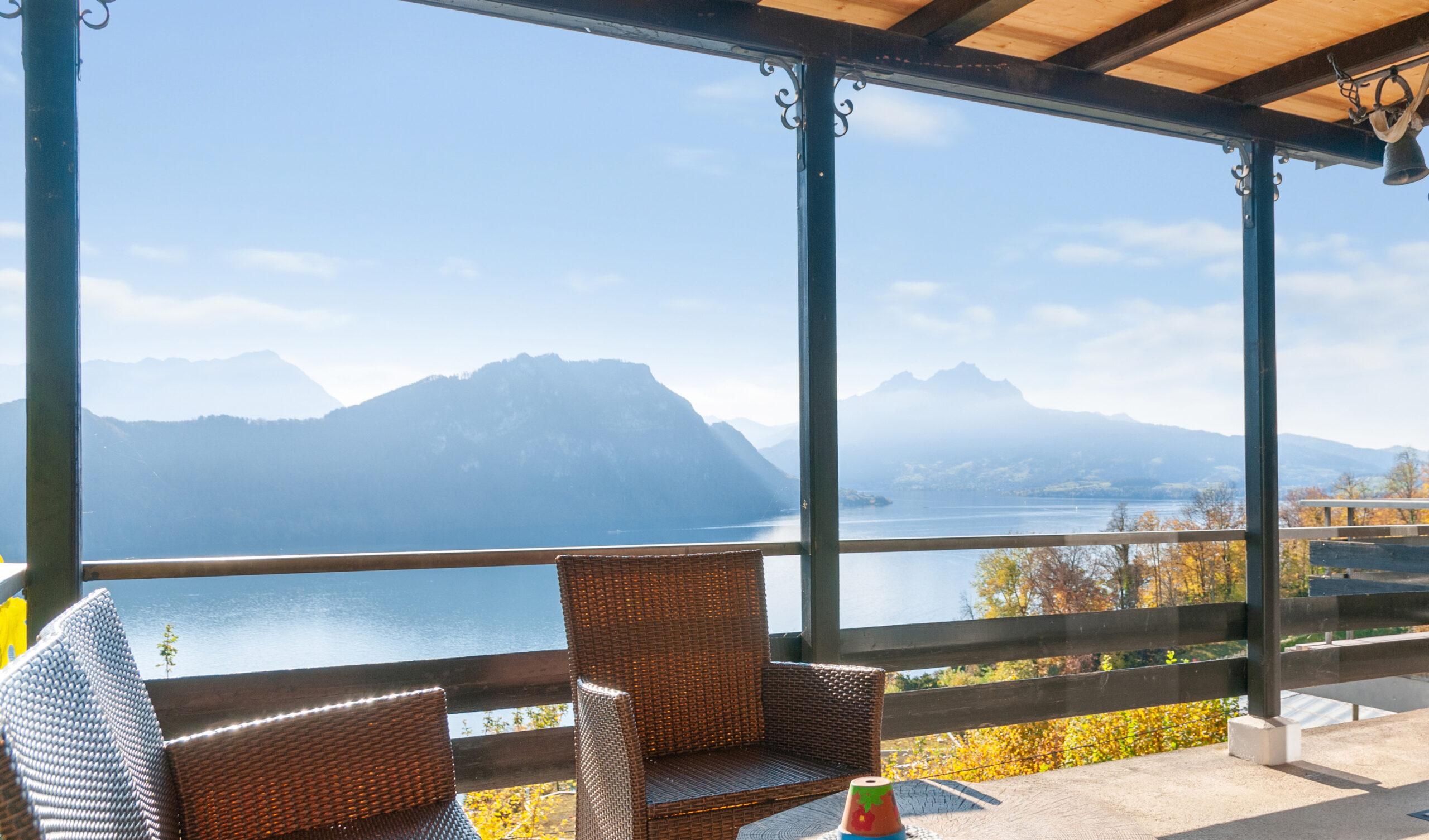 Gemütliches Chalet mit fantastischer See- und Bergsicht