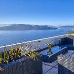 Stilvolle Terrassenwohnung mit Swimmingpool